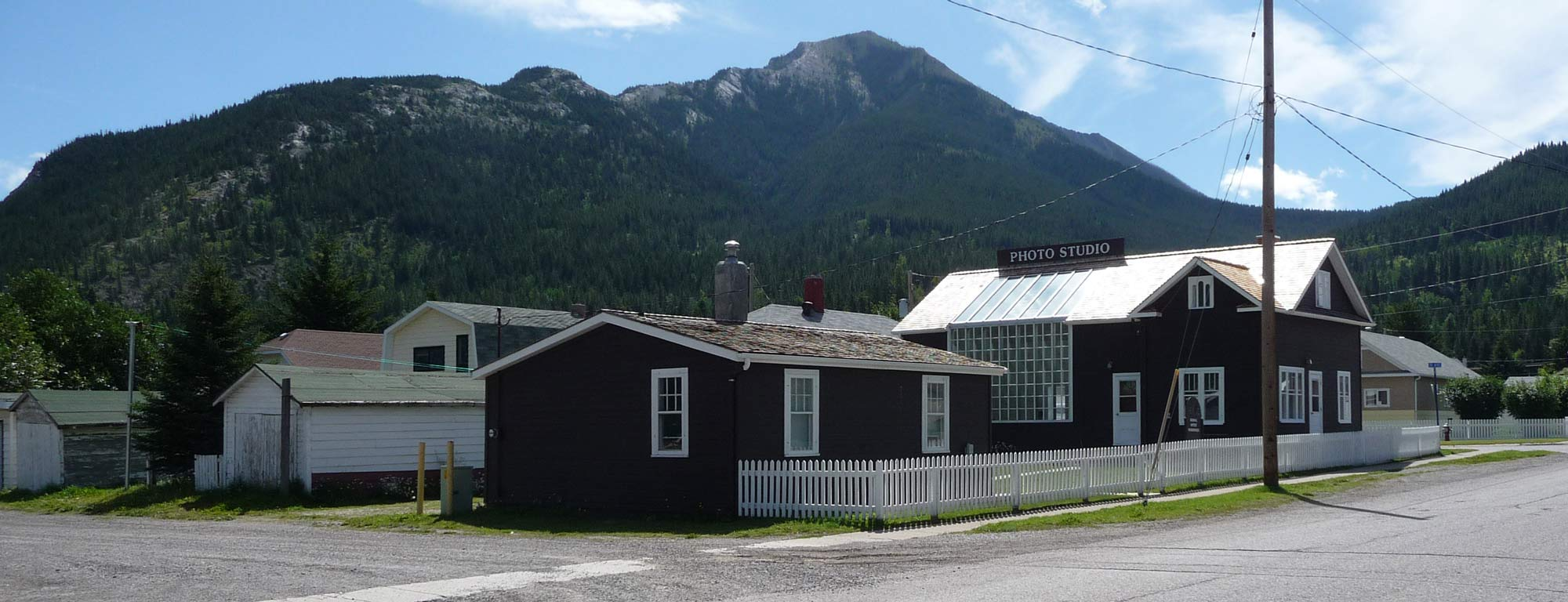 Exterior image of Gushul Studio with mountains behind