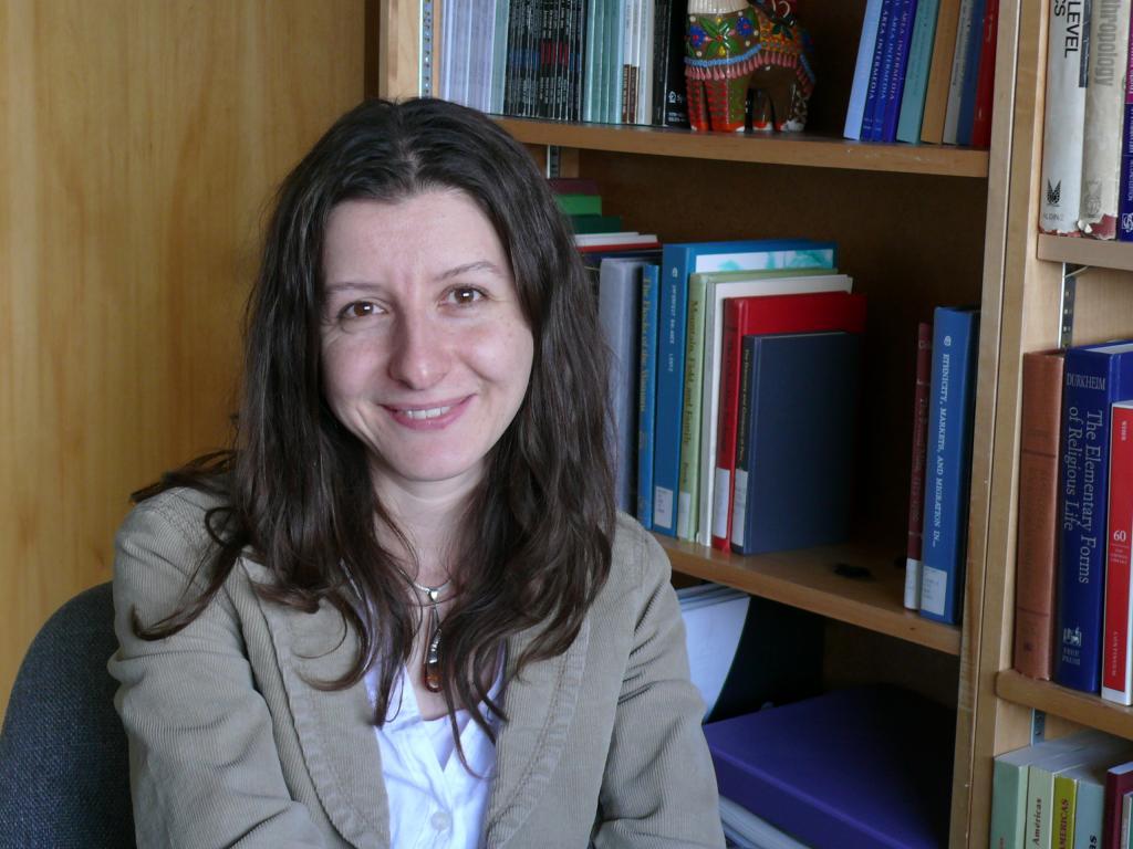 Dr. Andrea Cuellar