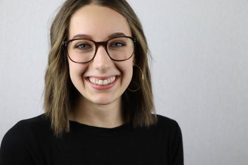 Claire Niehaus Shining Student