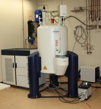Bruker Avance III HD 700MHz NMR Spectrometer