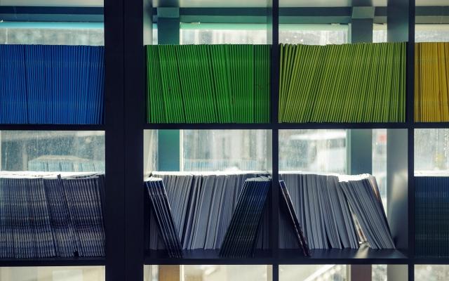 colored-folders-on-shelf