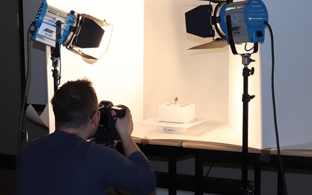Tyler Heaton photographs historical object for 3D model creation