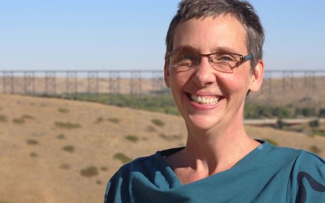 Suzanne Lenon