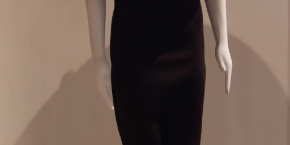 Michelle Sylvestre, Little Black Dress 1.2 - textile, electronics, video (2020)
