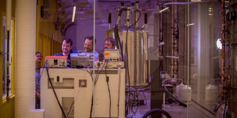 NMR Spectrometer Laboratory