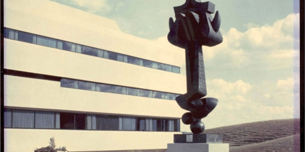 Moses sculpture outside of UHall in 1968